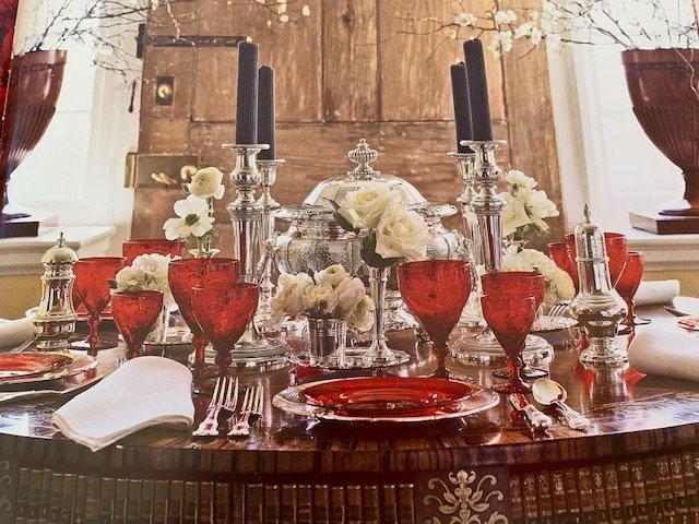 Beautiful Carolyne Roehm Floral Table Setting
