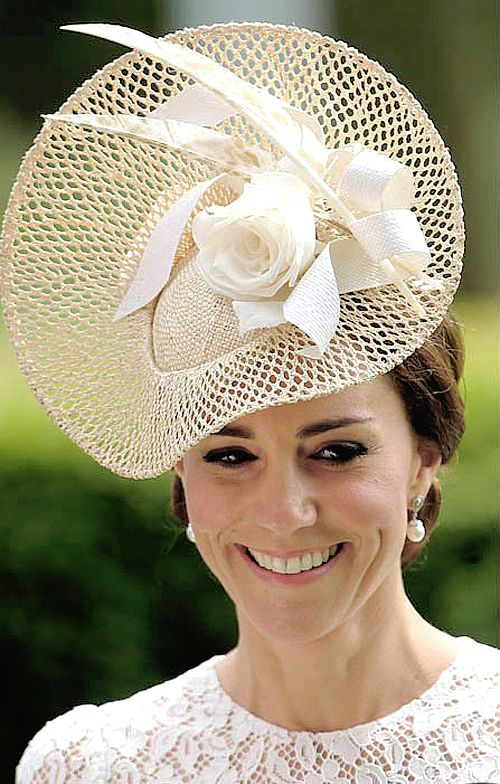 Dutchess of Cambridge in Jane Taylor Millinery