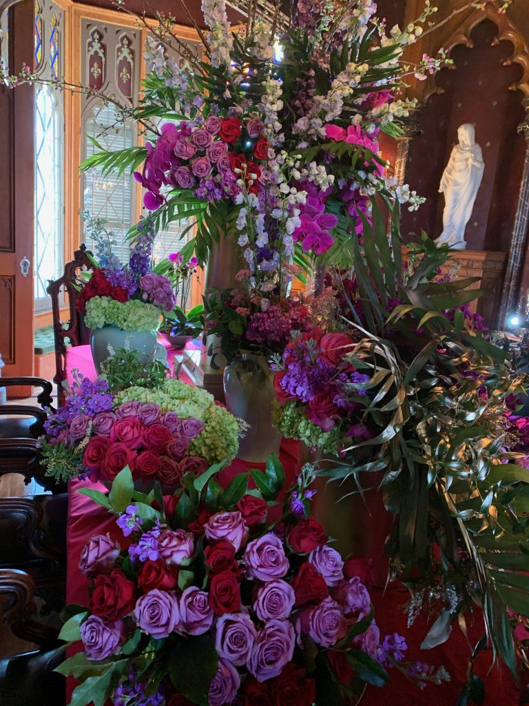 Lyndhurst Flower Show Table Arrangement