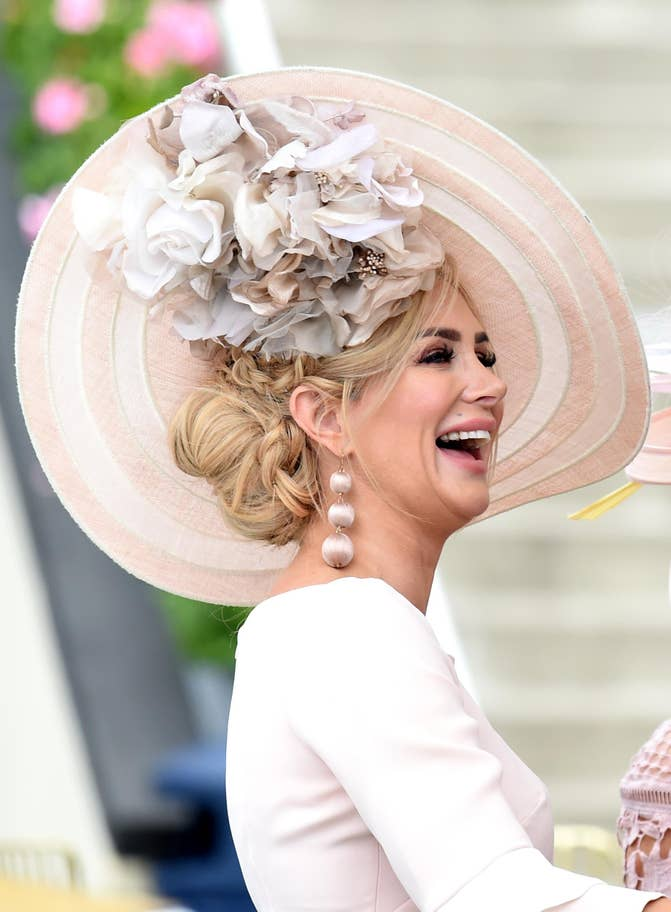 Duchess of Cambridge wearing Philip Treacy hat