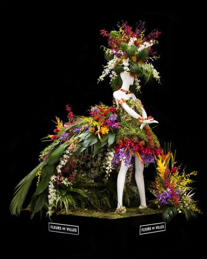 Beautiful Fleurs de Villes Mannequin Dress